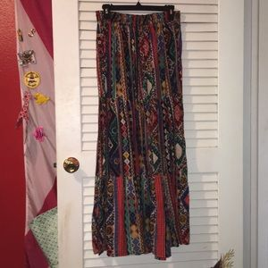 Multi color and pattern skirt